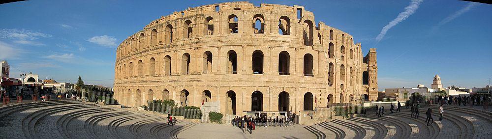 Тунис. Римский амфитеатр в городе Эль-Джем. Панорама