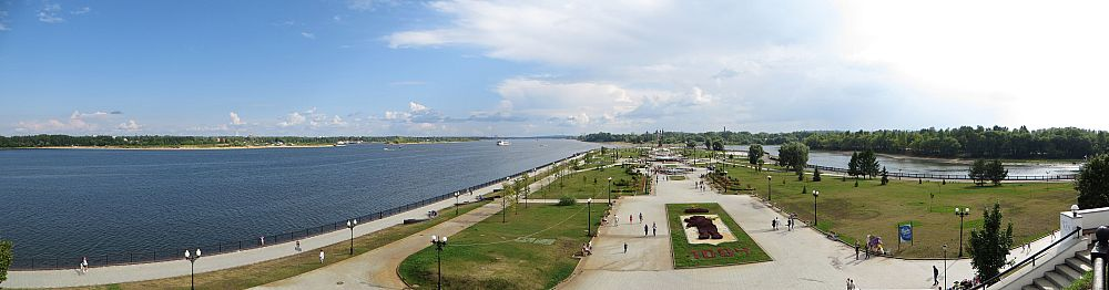 Панорама ярославской волжской стрелки